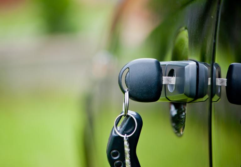 Furto d'auto: come evitarlo con 7 accorgimenti essenziali!
