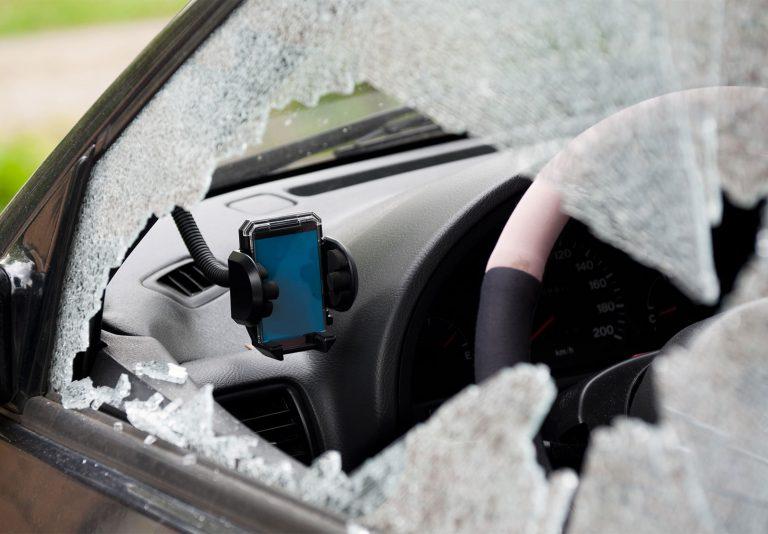 Furto auto, gli oggetti che fanno più gola ai ladri. Cosa fare se vengono rubati